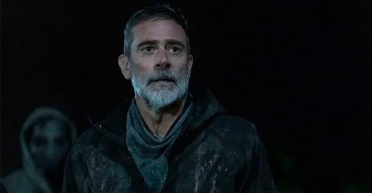 Walking Dead Premiere Leaves Fans With Shocking Cliffhanger